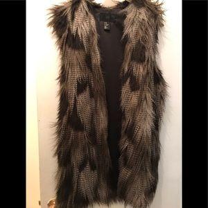 H and M faux fur vest black grey white